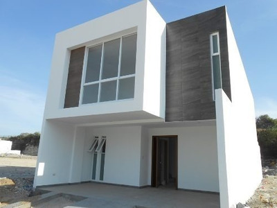 Bonitas Casas Nuevas En La Antigua Cementera