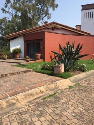 Casa Hacienda En Los Encinos