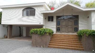 Amplia Casa En Renta Excelente Ubicación, 2 Plantas, Sala, C