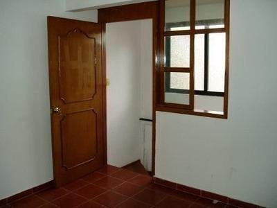 Nueva Y Con Acabados De Primera, 3 Habitaciones, 3 Baos Y T