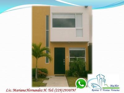 Se Renta Bonita Casa Con Alberca Amplias Area Verdes