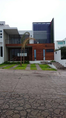 Casa Sustentable De Lujo En Cumbres Del Cimatario