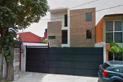 Renta Casa En Valle Dorado