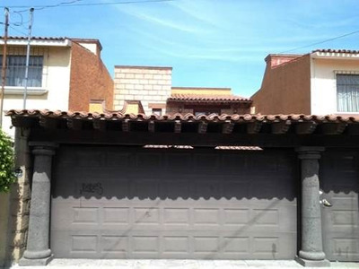 Casa Sola En Loma Linda, Loma Linda