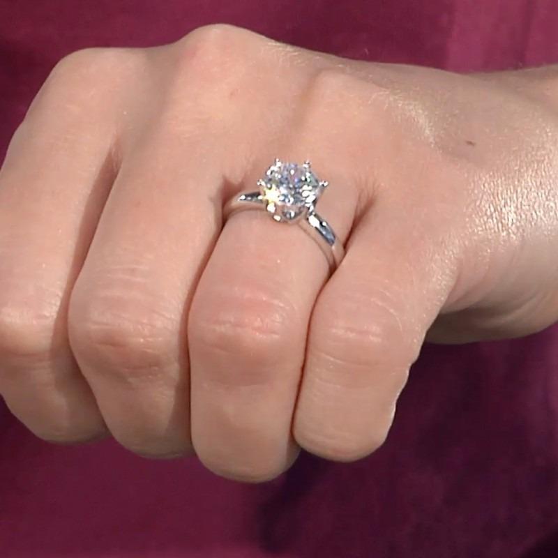Resultado de imagen para anillo de diamantes reales