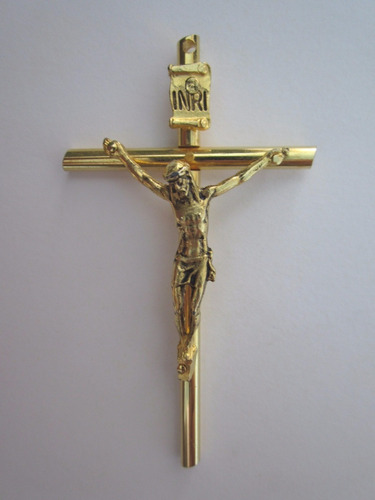 Cruz con cristo crucifijo dorado de metal con ba o de - Bano de oro precio ...