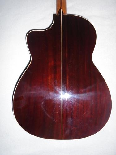 guitarra de cedro, de paracho.