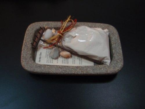 Jardin zen rocalinda con arena rastrillo y piedras de rio for Arena jardin zen