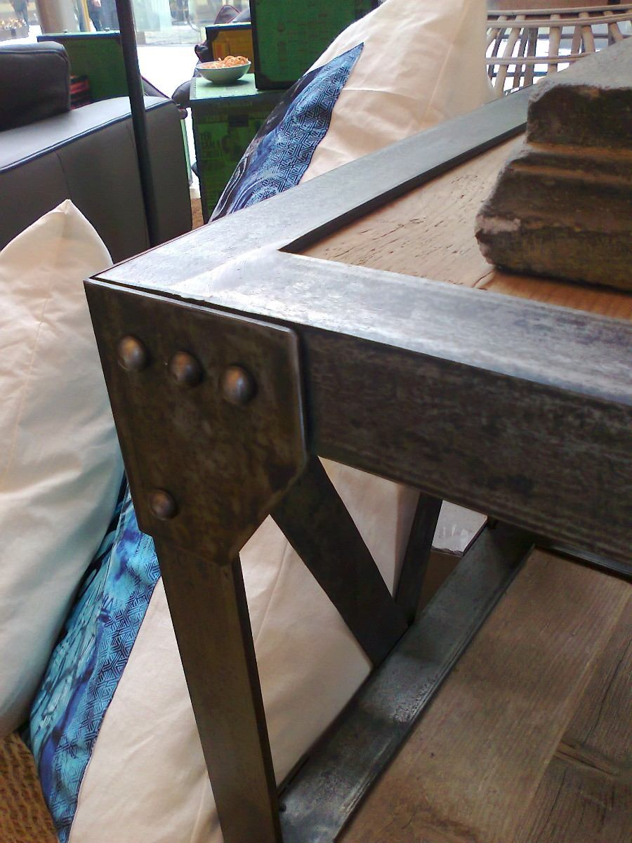Mueble Para Colocartv Pantalla Acero Madera Parota Cu  $ 12,85000