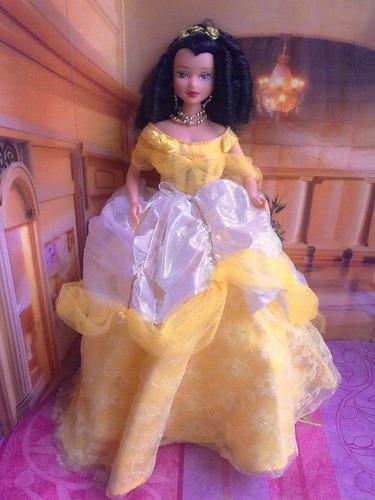 princesa bella con vestuario de lujo
